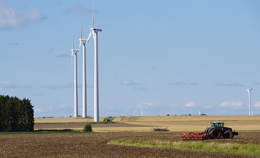 Wind-Energy-in-Sweden-Wind-turbine-farm